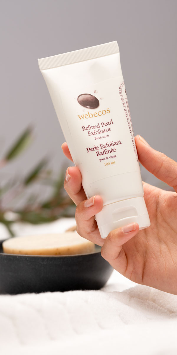 Webecos Refined Pearl Exfoliator